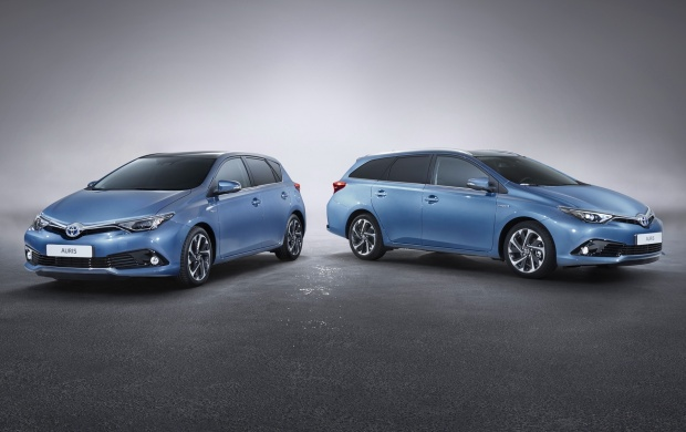 Toyota Auris SW 2015 (click to view)