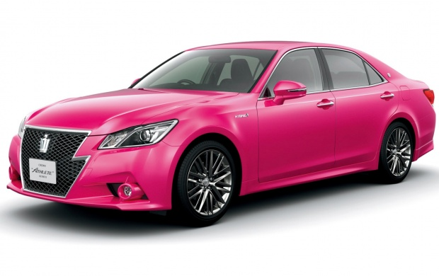 Toyota Crown S210 Hybrid Athlete Pink 2013 (click to view)