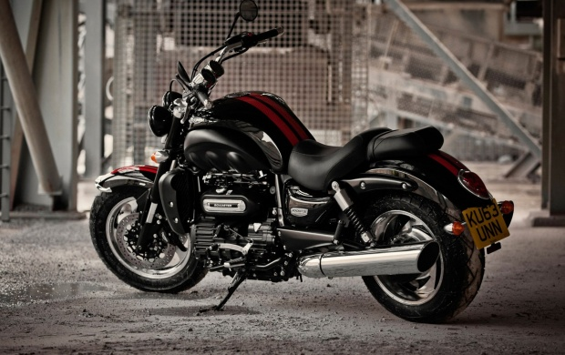 Triumph Rocket III Roadster 2016 (click to view)
