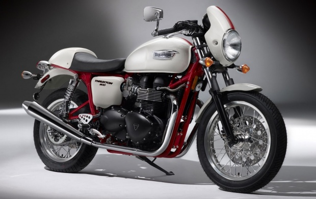 Triumph Thruxton SE (click to view)