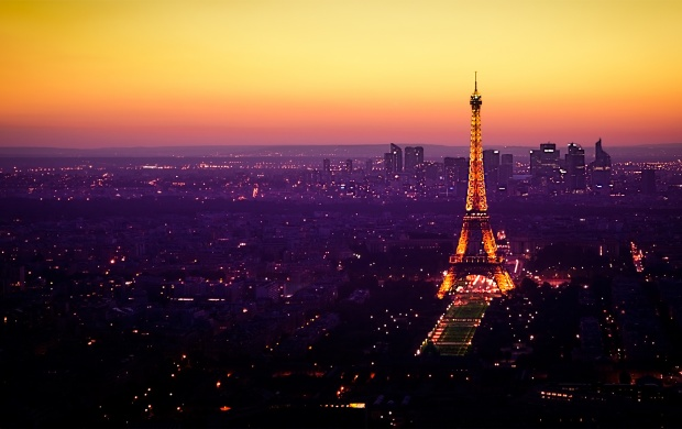 Twilight At The Eiffel Tower (click to view)