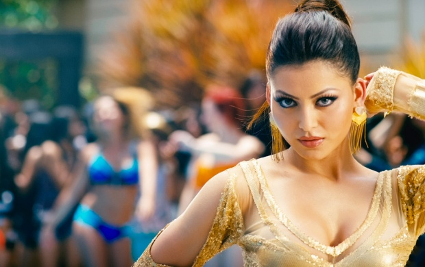 Urvashi Rautela In Bhaag Johnny (click to view)