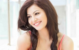 Urvashi Rautela Smiley Face