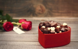 Valentines Day Chocolate And Bouquet