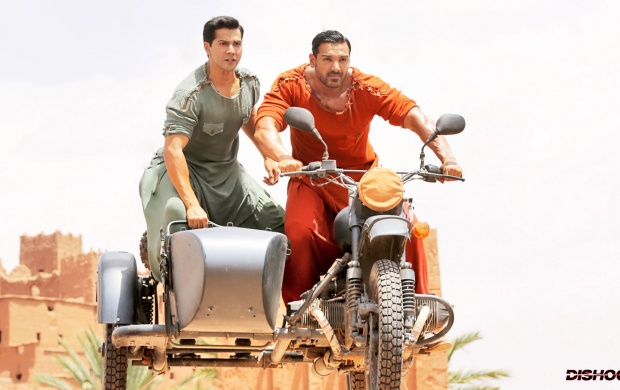 Varun Dhawan John Abraham In Dishoom Movies (click to view)