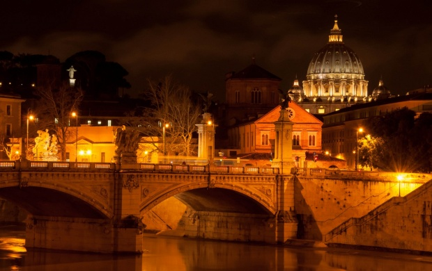 Vatican City Lights (click to view)