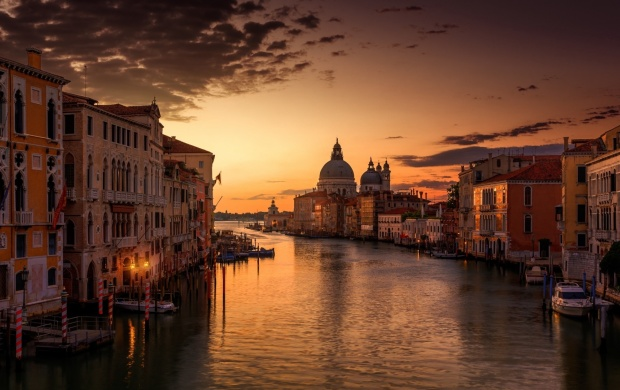 Venice Channel Sunset Sky (click to view)