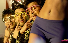 Vivek Aftab Shivdasani And Riteish In Great Grand Masti