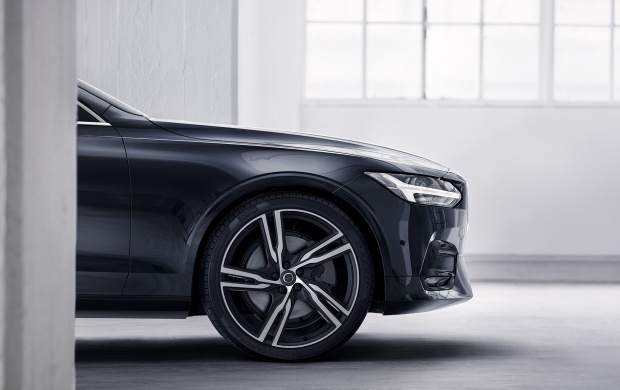 Volvo S90 R Design Wheel And Fender 2017 (click to view)