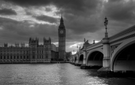 Westminster Palace Monochrome
