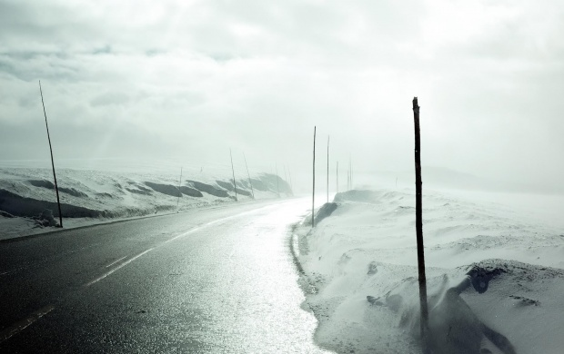 Wet Winter Road (click to view)