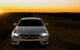 White Mercedes Benz CLS 63 AMG