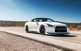 White Nissan GTR With ADV.1 Wheels
