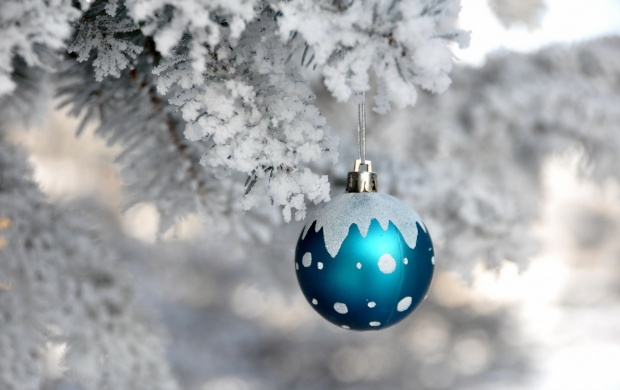 White Tree And Christmas Ball (click to view)