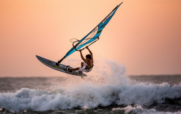 Winsurfing Sea Sports (click to view)