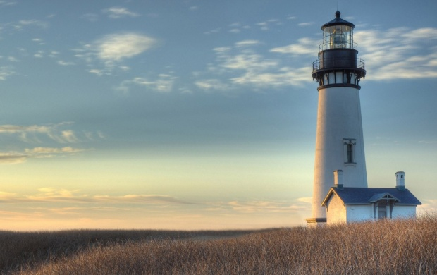 Yaquina Head Lighthouses in Newport, Oregon (click to view)