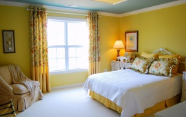 Yellow Bed Room