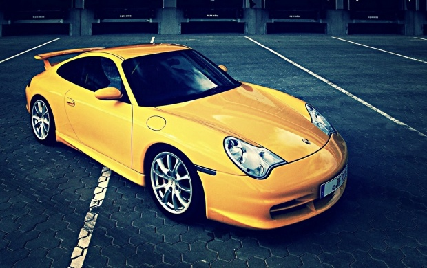 Yellow Porsche Carrera GT (click to view)