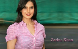 Zarine Khan In Beatifu Shirt