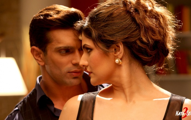 Zarine Khan Karan Singh Hate Story 3 (click to view)