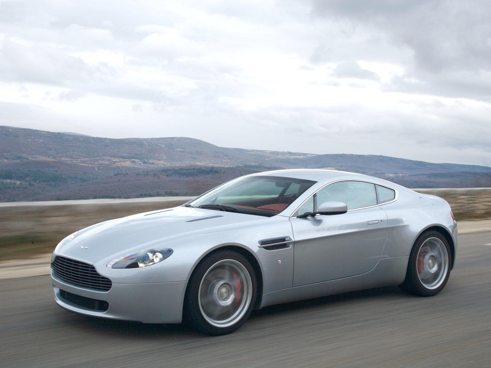 aston martin v8 vantage 2007 1600 x 1200 download close. Cars Review. Best American Auto & Cars Review