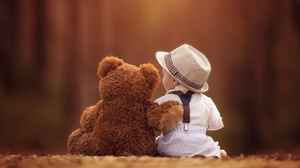 Baby And Bear Together Friends