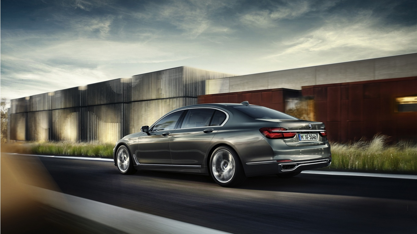 BMW 7-Series 2016 Wallpapers - 1366x768 - 261001
