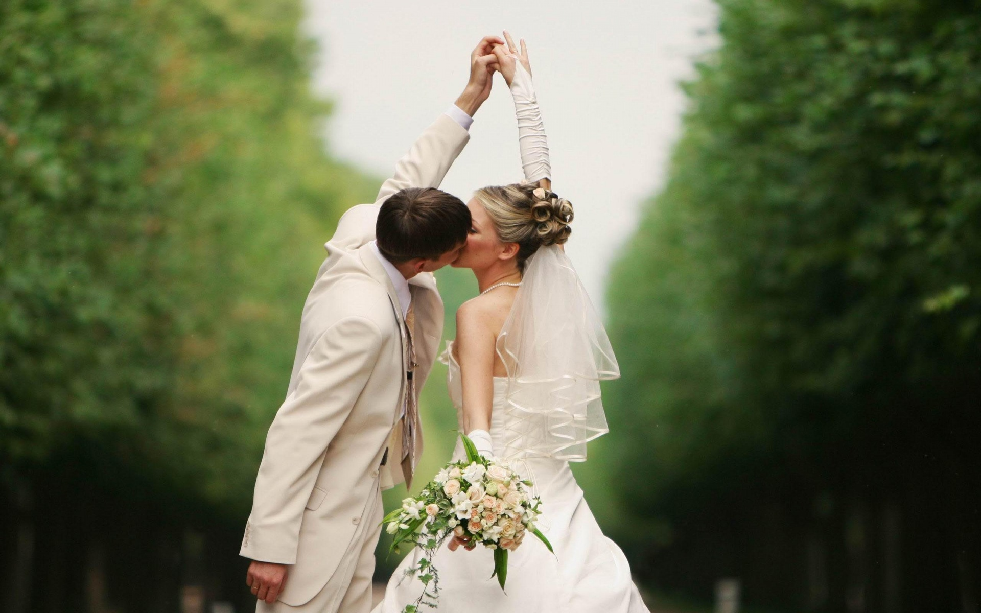 Bride And Groom Couple Kissing