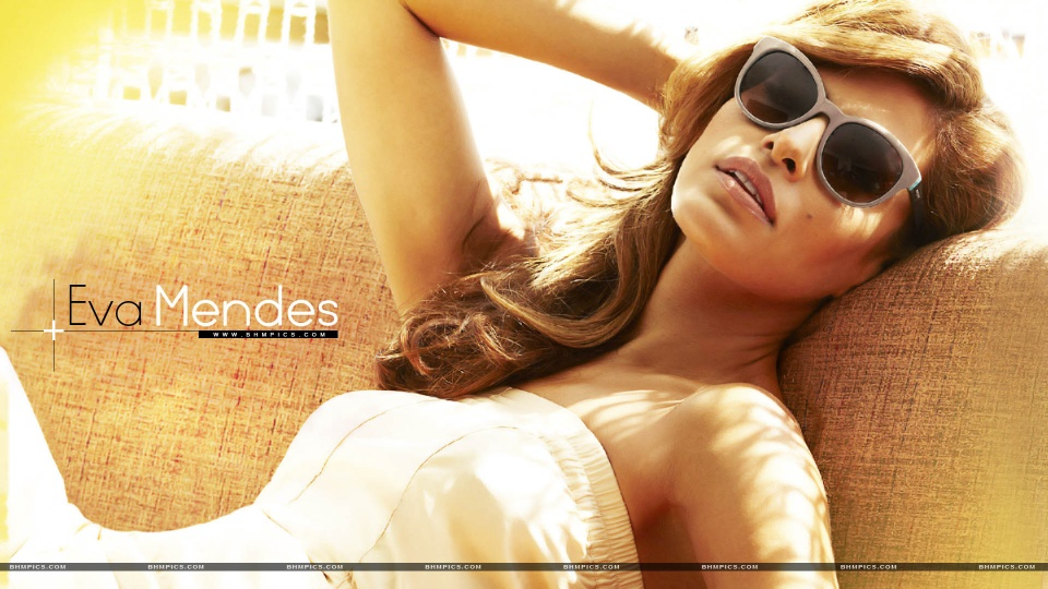 Eva Mendes Wearing Sunglasses