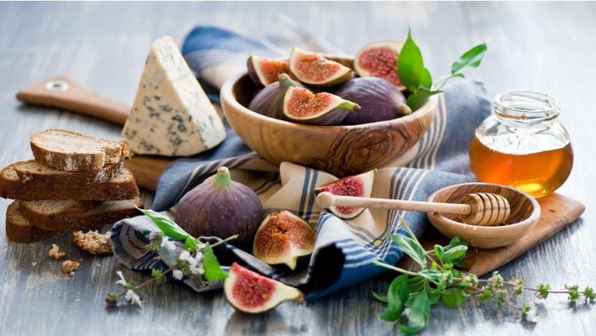 Fig Gorgonzola Honey Tartines   852 x 480   Download   Close