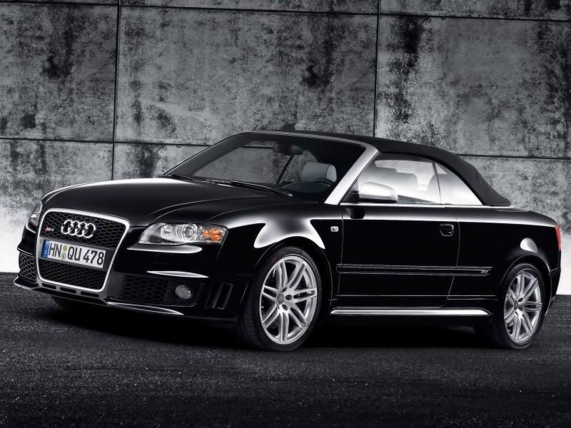 front Wall Audi RS4 black