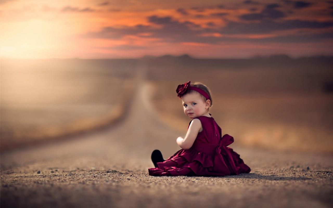 Girl Dress Road Bokeh Wallpapers - 1280x800 - 167847