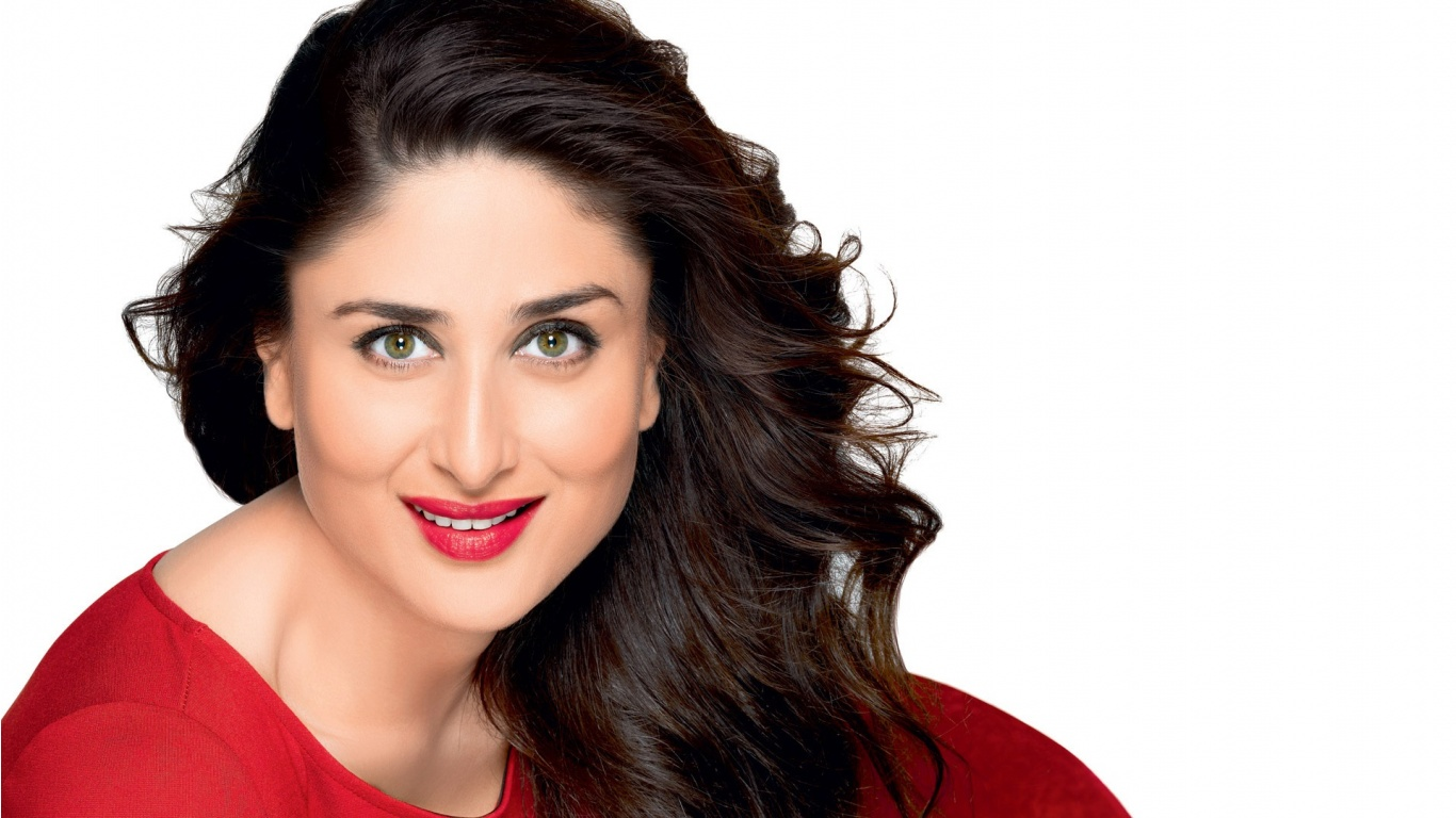 Kareena Kapoor Khan 2015 | 1366 x 768 | Download | Close