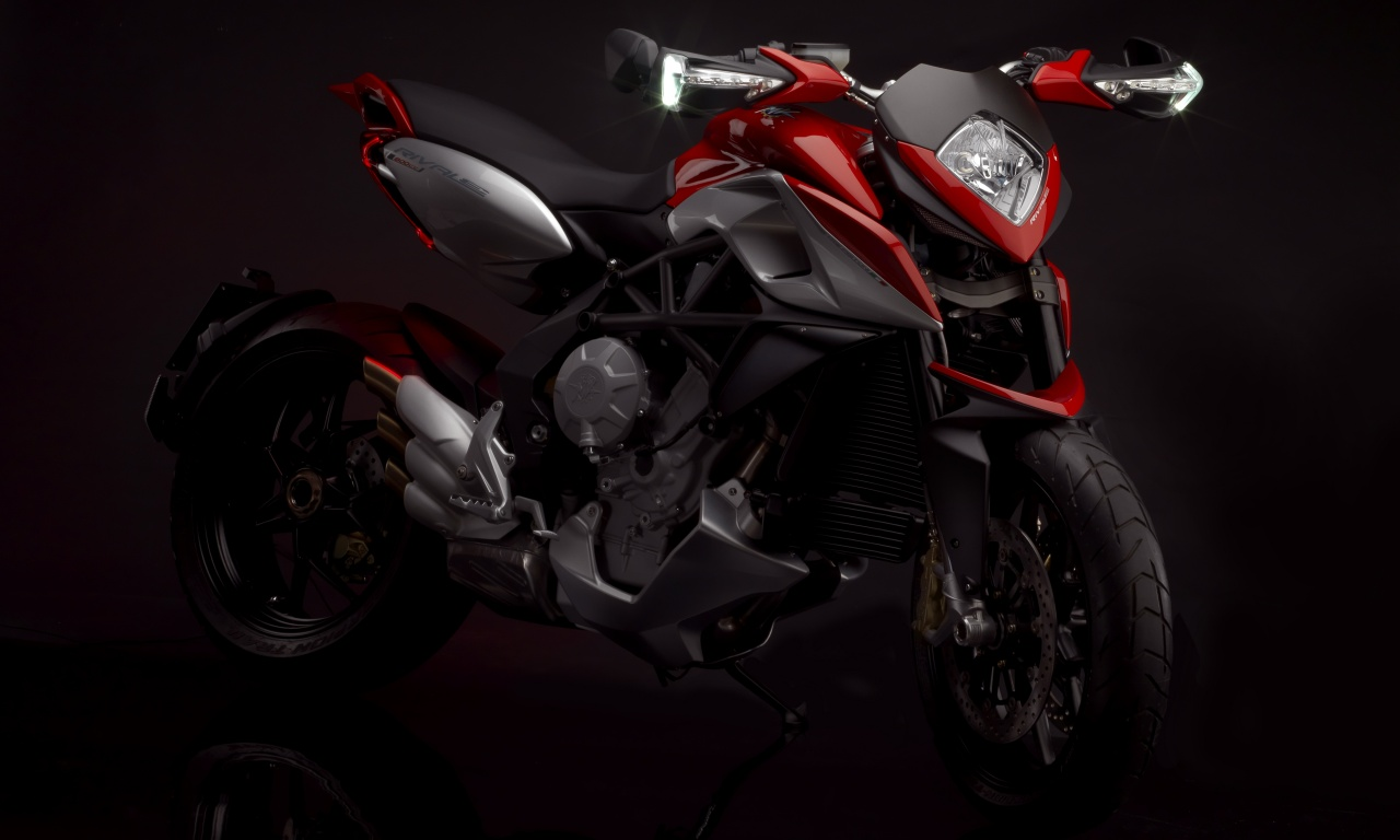 MV Agusta Rivale 800 First Look