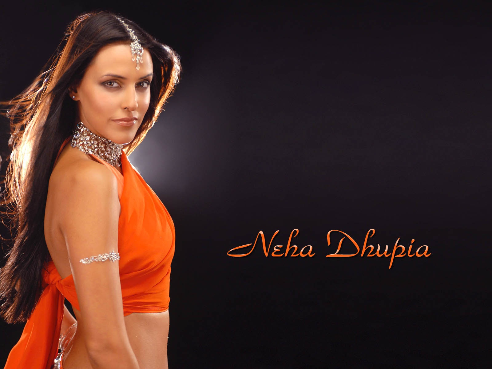 neha dhupia wallpapers hot - photo #33