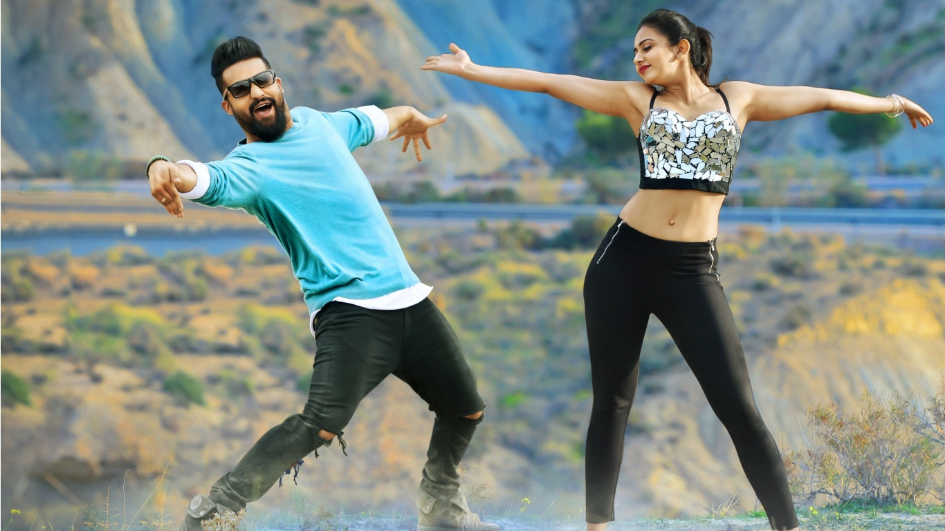 NTR And Rakul Preet In Nannaku Prematho