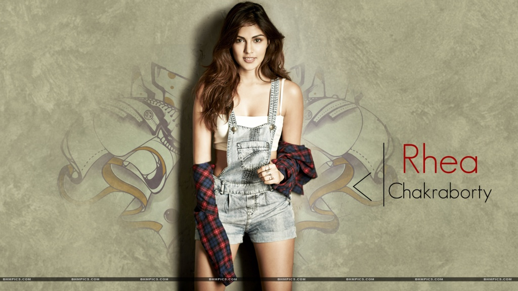 Rhea Chakraborty Stylish Look