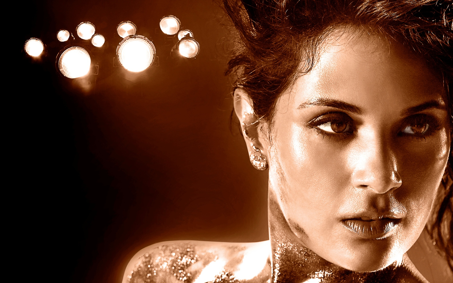 Richa Chadda In Cabaret Movie