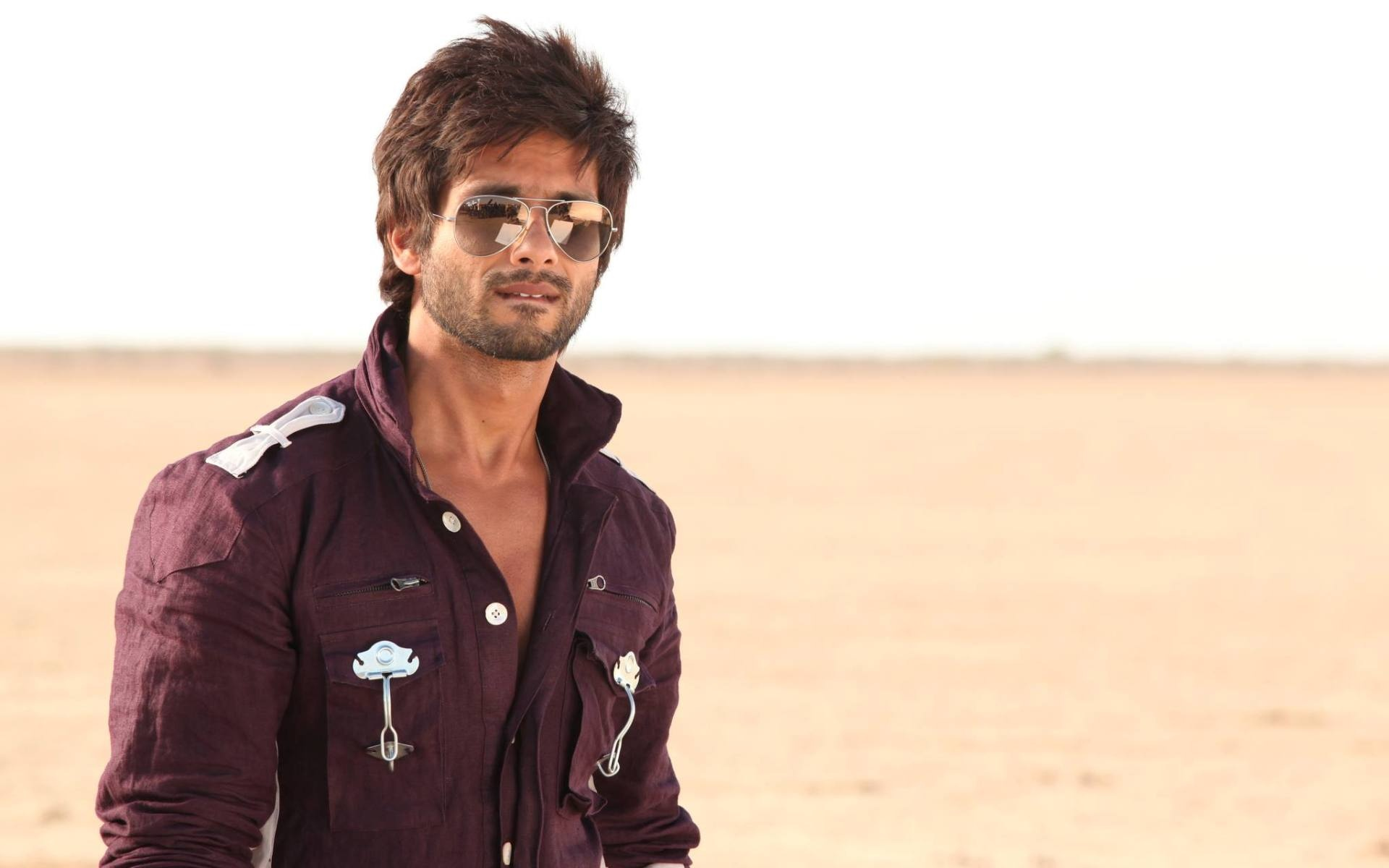 Shahid Kapoor In Brown Shirt