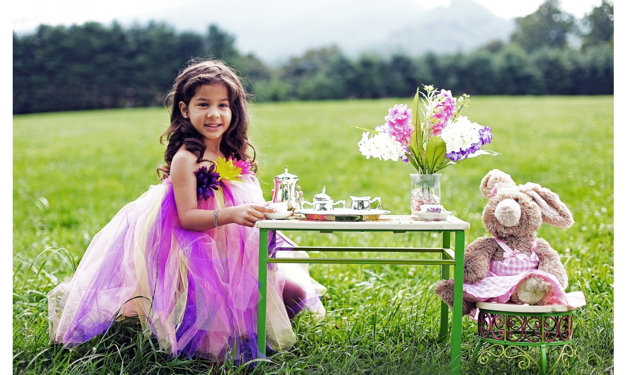 Tea Party With Miss Bunny