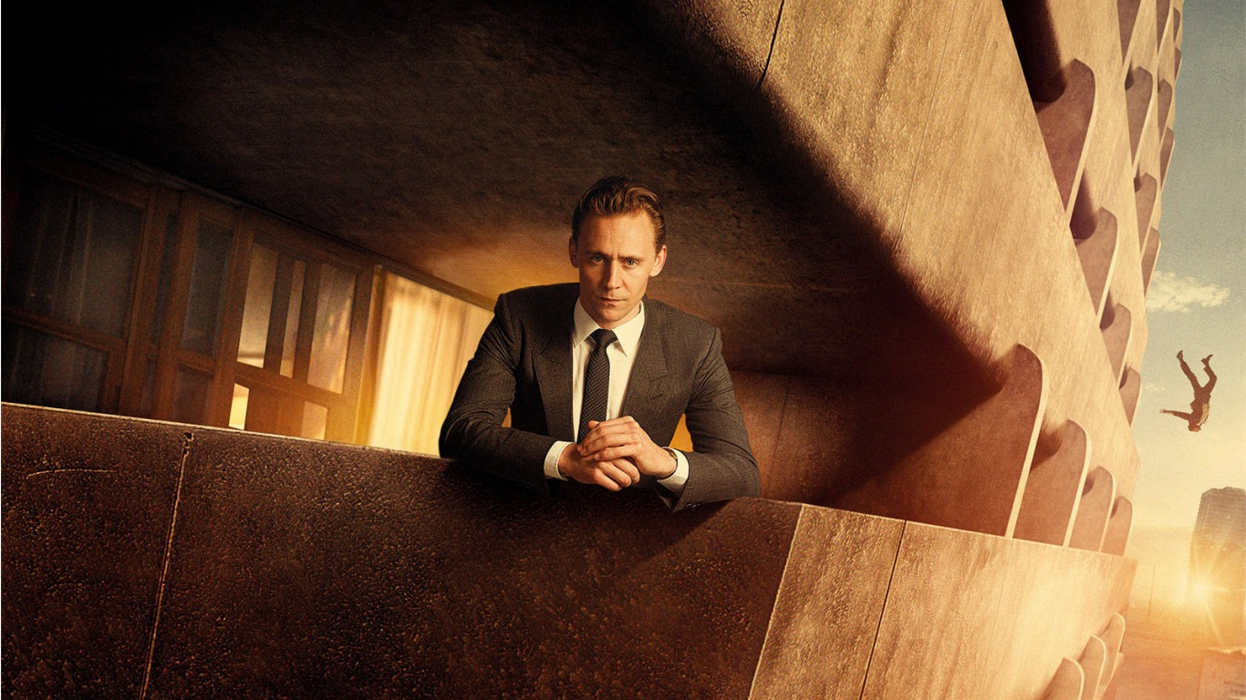 Tom Hiddleston In High-Rise 2016