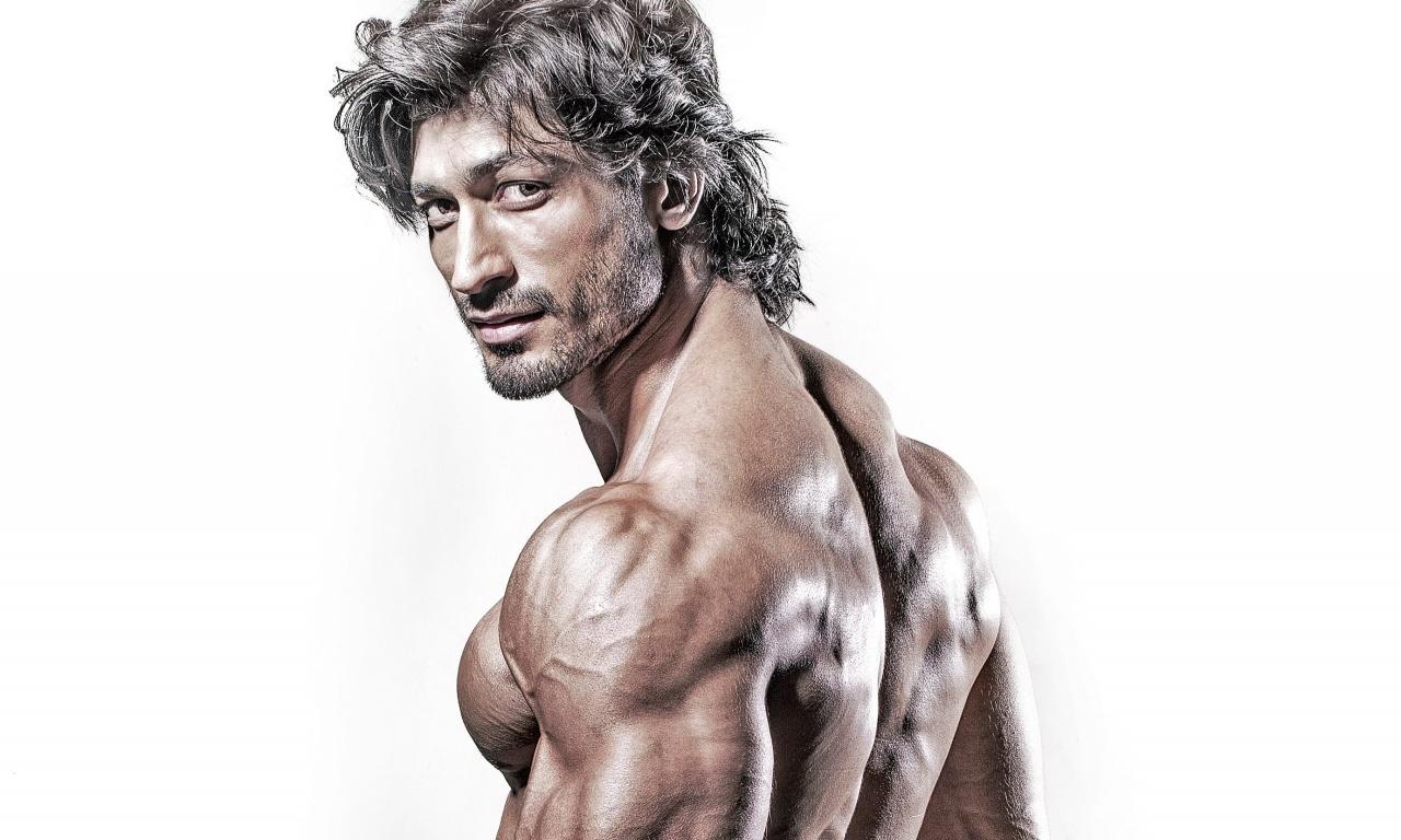 # Weight Loss Bodybuilding Programs - Best Safe Weight Loss Vidyut jamwal body photos