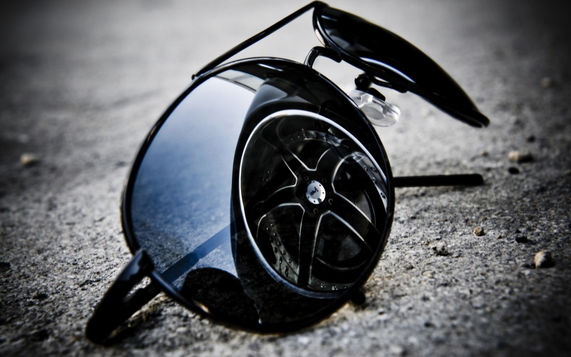 Wheel Reflection On Sunglasses