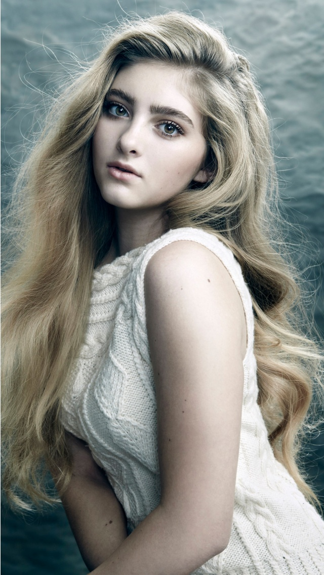 Willow Shields Actress