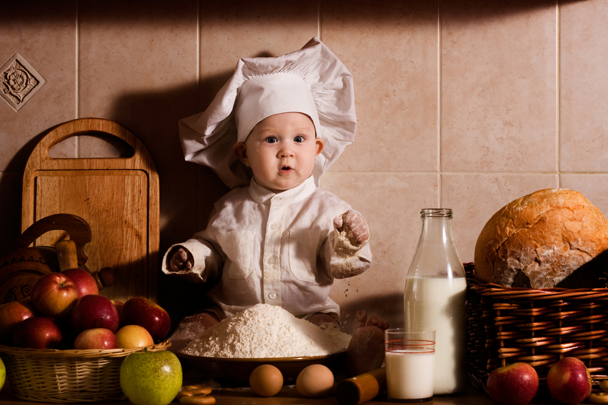 Baby Chef With Milk Wallpapers  2400x1600  1991498
