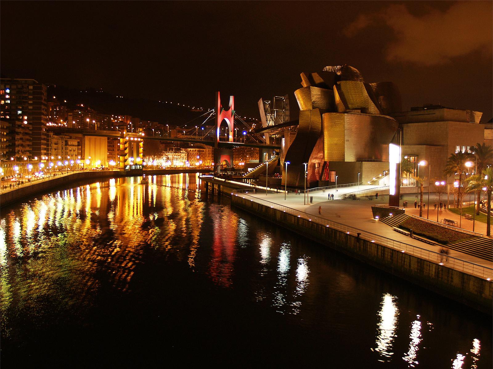 Bilbao Spain Night Wallpapers - 1600x1200 - 1257684