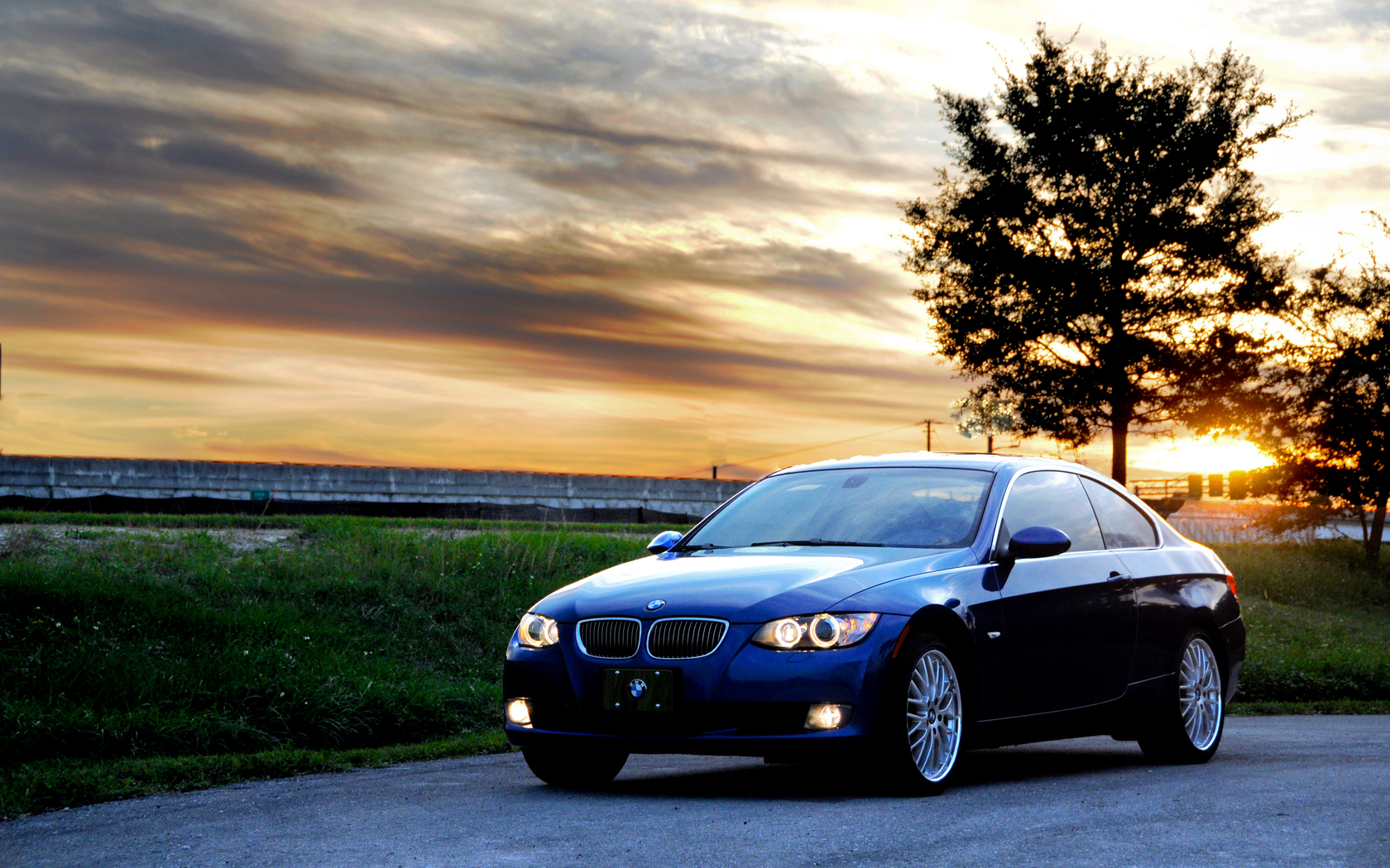 Car With Road >> Bmw Car On Road Wallpapers