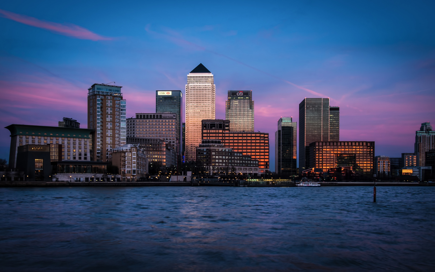 Canary wharf in london as a naked tourist destination 8