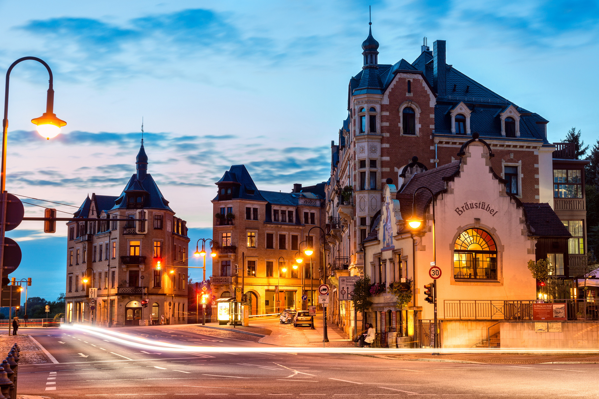 Germany City Street Morning Wallpapers - 2048x1366 - 1505173 for Morning City Street Wallpaper  279cpg