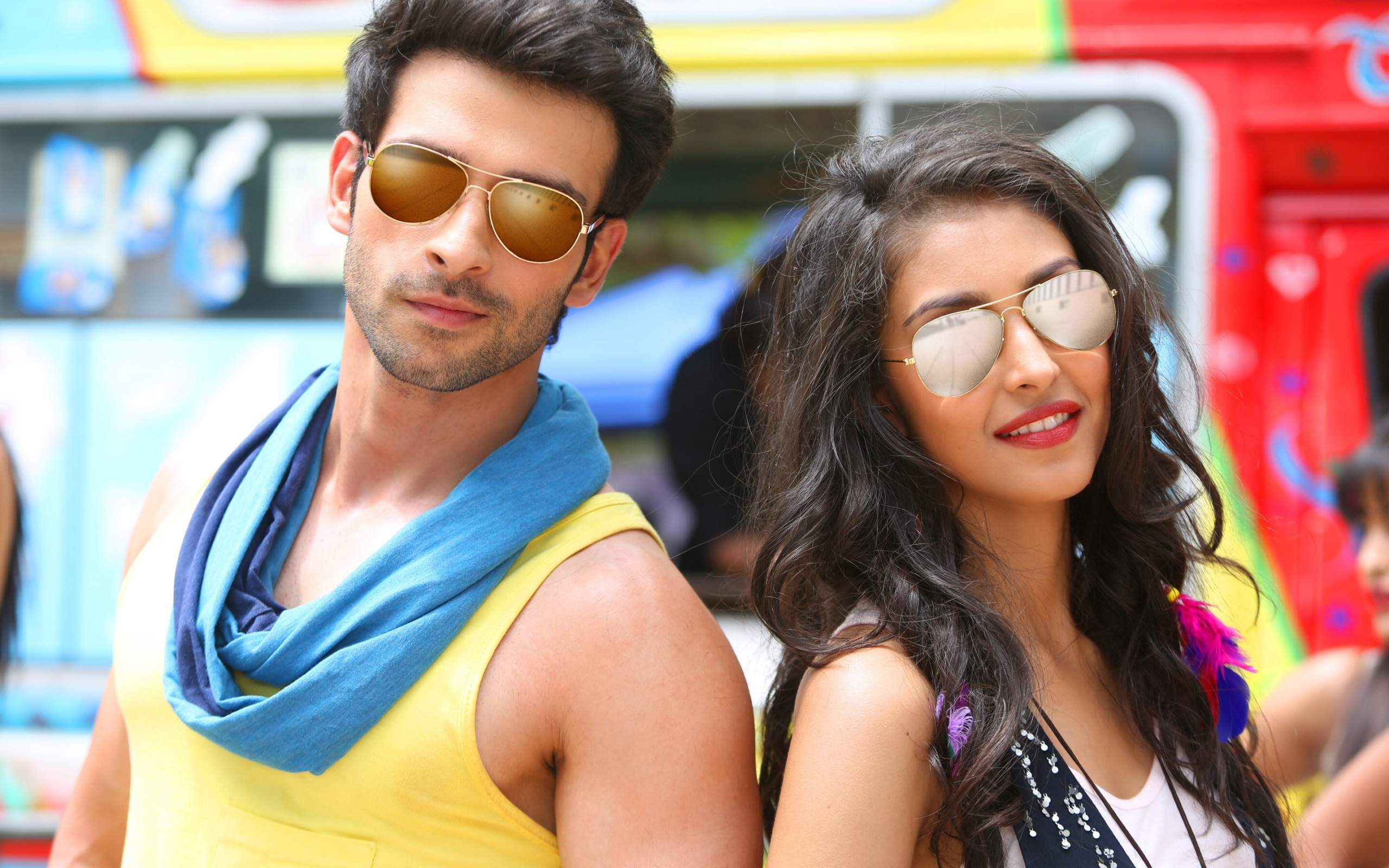 Girish Kumar And Navneet Kaur Dhillon Love Shuda Wallpapers